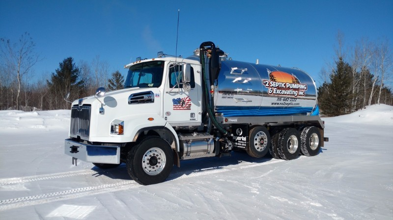 2_septic_truck
